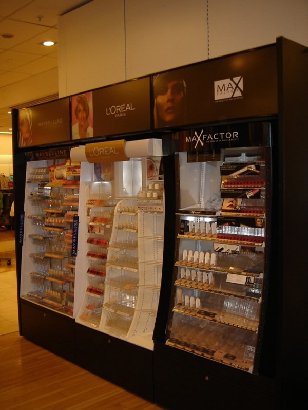 Dunnes Cosmetic Display