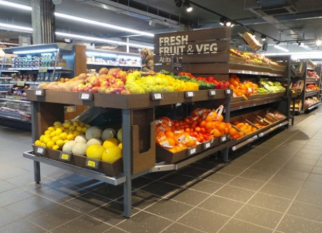 Tesco's new-look convenience store in London